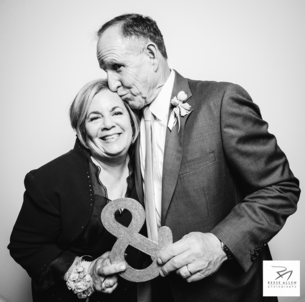 LeGare Waring House wedding photos, Charleston photographers photobooth-Noa and Andrew-8.jpg