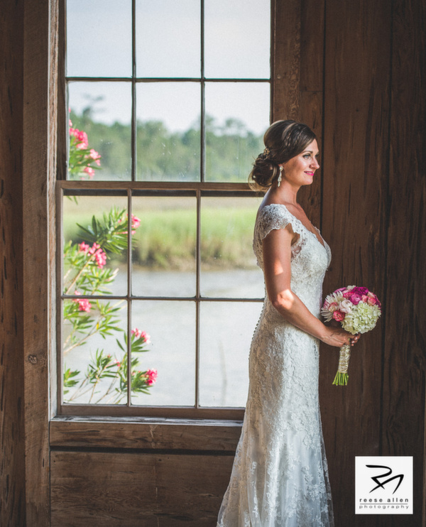 Boone Hall Plantation weddings by Charleston photographer Reese Allen and plannewr Fabulous Fete-Zabrina And Derek (14 of 25).jpg