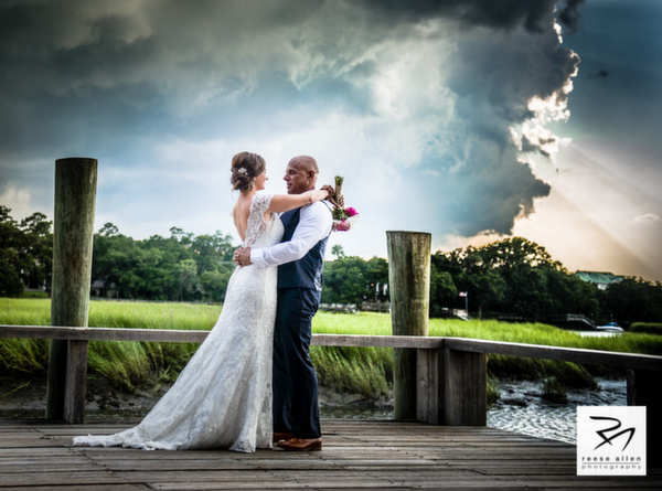 Boone Hall Plantation weddings by Charleston photographer Reese Allen and plannewr Fabulous Fete-Zabrina And Derek (17 of 25).jpg