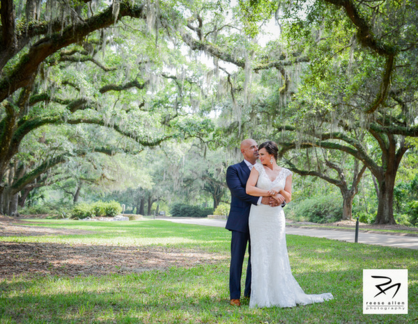 Boone Hall Plantation weddings by Charleston photographer Reese Allen and plannewr Fabulous Fete-Zabrina And Derek (2 of 25).jpg