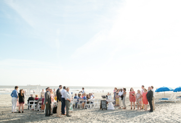 Charleston wedding photographers Folly Beach and Carolina Queen wedding of Amanda and Jeremy by Reese Allen Photography (2 of 23).jpg