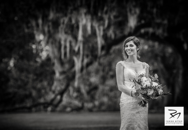 Boone Hall wedding photos of CristenRIch by best Charleston photographers Reese Allen_AG (12 of 26).jpg