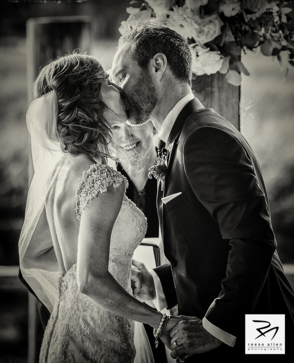 Boone Hall wedding photos of CristenRIch by best Charleston photographers Reese Allen_AG (20 of 26).jpg